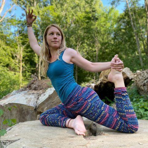 Yoga Übungen mit Andrea Schenk